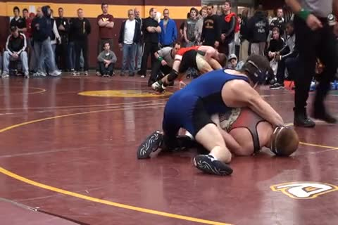 140 lbs semi-finals Roger Wildmo MI vs. Kyle Burns OH